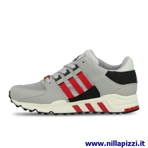check out 3cf7e a1ccf adidas trainer rosse e nere