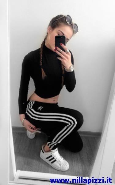 foto tumblr ragazze adidas