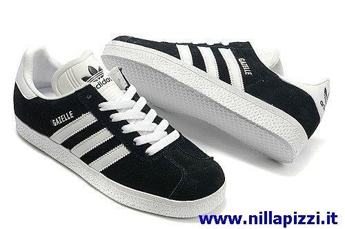 adidas scarpe bianche e nere