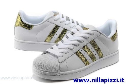 wholesale dealer a13ee a29ae scarpe adidas prezzi outlet
