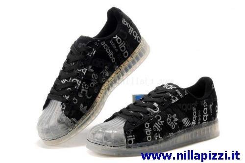 Scarpe Adidas Prezzi Stracciati nillapizzi.it 51b16dfc8d0