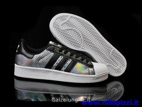 scarpe da tennis adidas in offerta